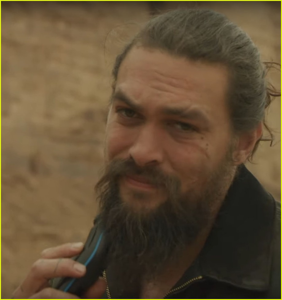 Jason Momoa Shaves His Beard