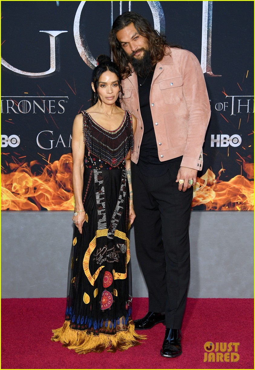 jason momoa and peter dinklage join game of thrones cast at season 8 premiere 064266865
