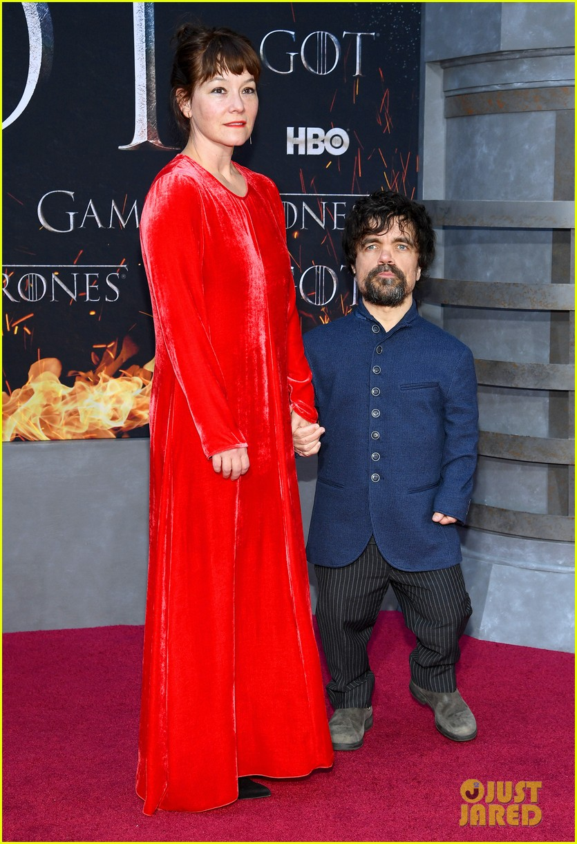 jason momoa and peter dinklage join game of thrones cast at season 8 premiere 074266866