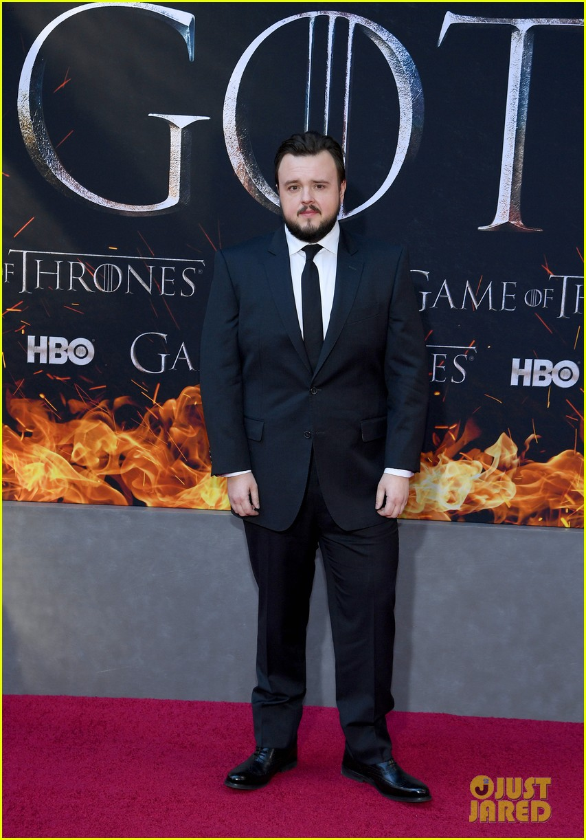 jason momoa and peter dinklage join game of thrones cast at season 8 premiere 094266868