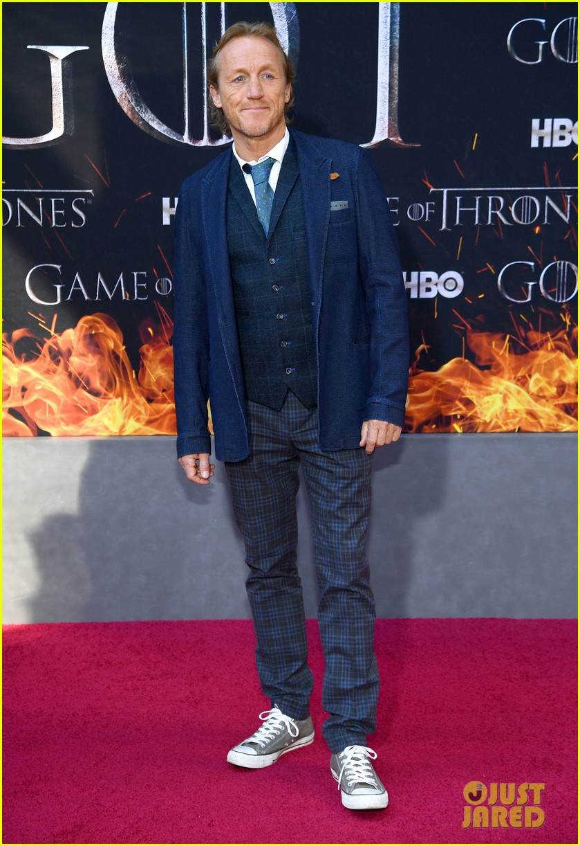 jason momoa and peter dinklage join game of thrones cast at season 8 premiere 184266877
