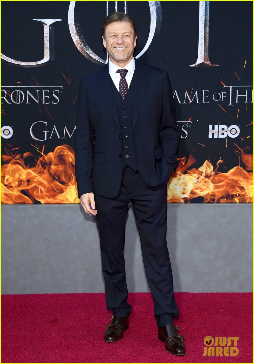 jason momoa and peter dinklage join game of thrones cast at season 8 premiere 294266888