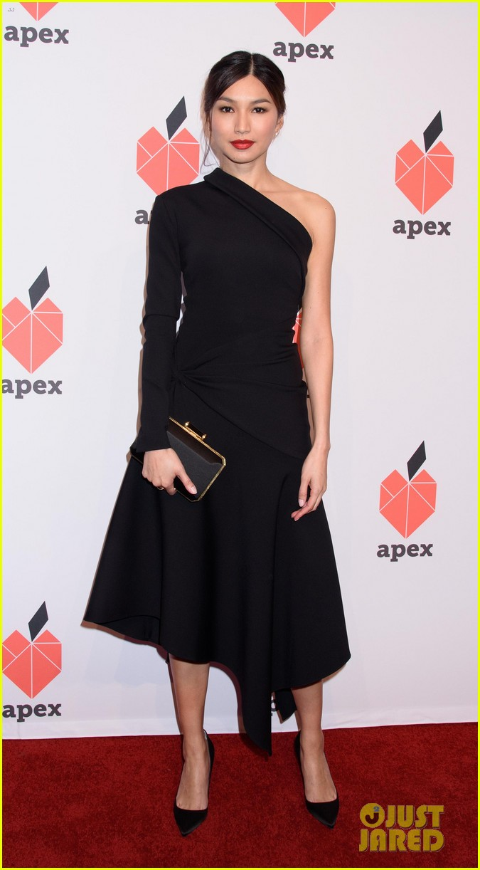 olivia munn gemma chan get honored at apex for youths inspiration awards gala 06