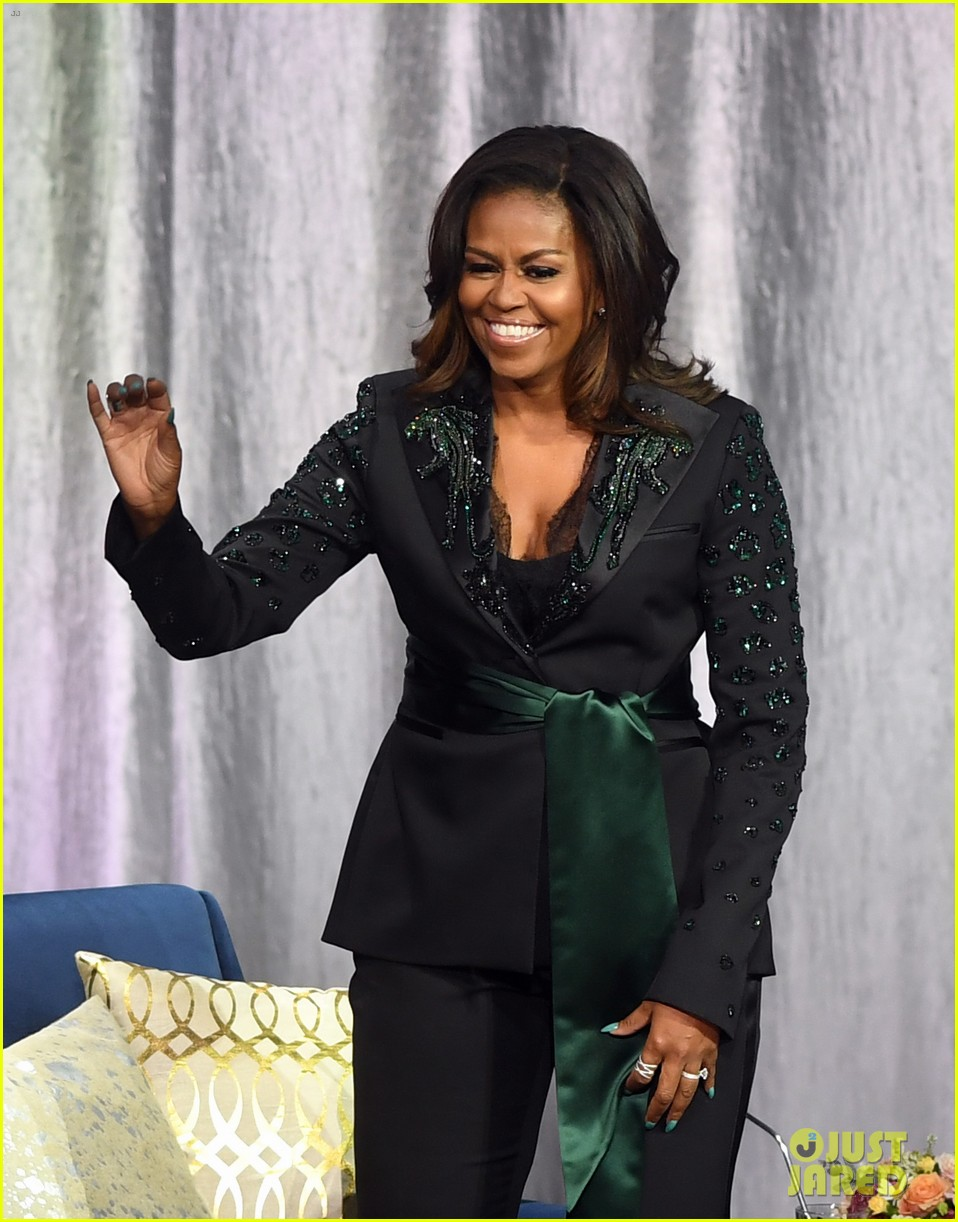 michelle obama promotes becoming memoir in norway 01