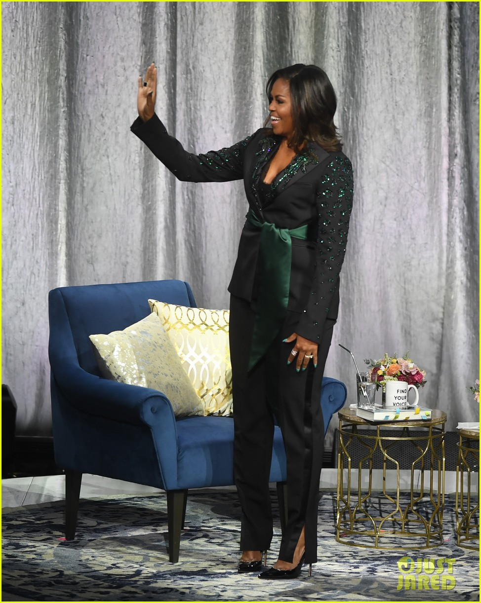 michelle obama promotes becoming memoir in norway 09