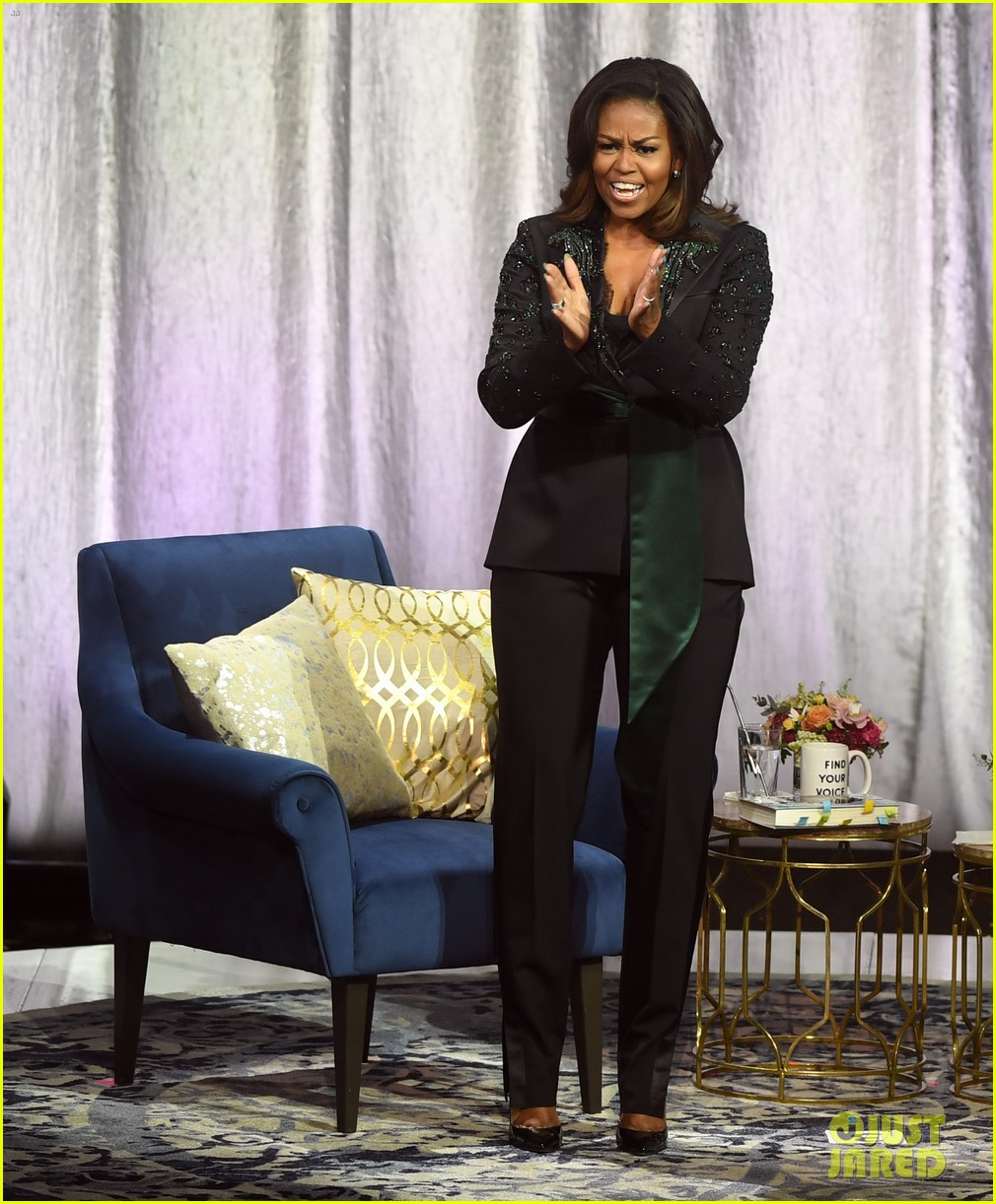 michelle obama promotes becoming memoir in norway 10