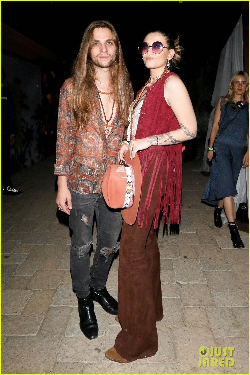 paris jackson bf gabriel glenn hit coachella day two 05