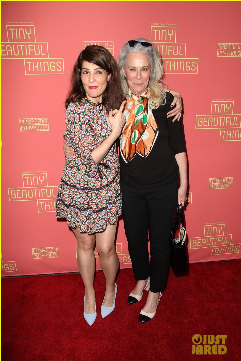 busy philipps nicole richie more support nia vardalos at tiny beautiful things opening night 304273326