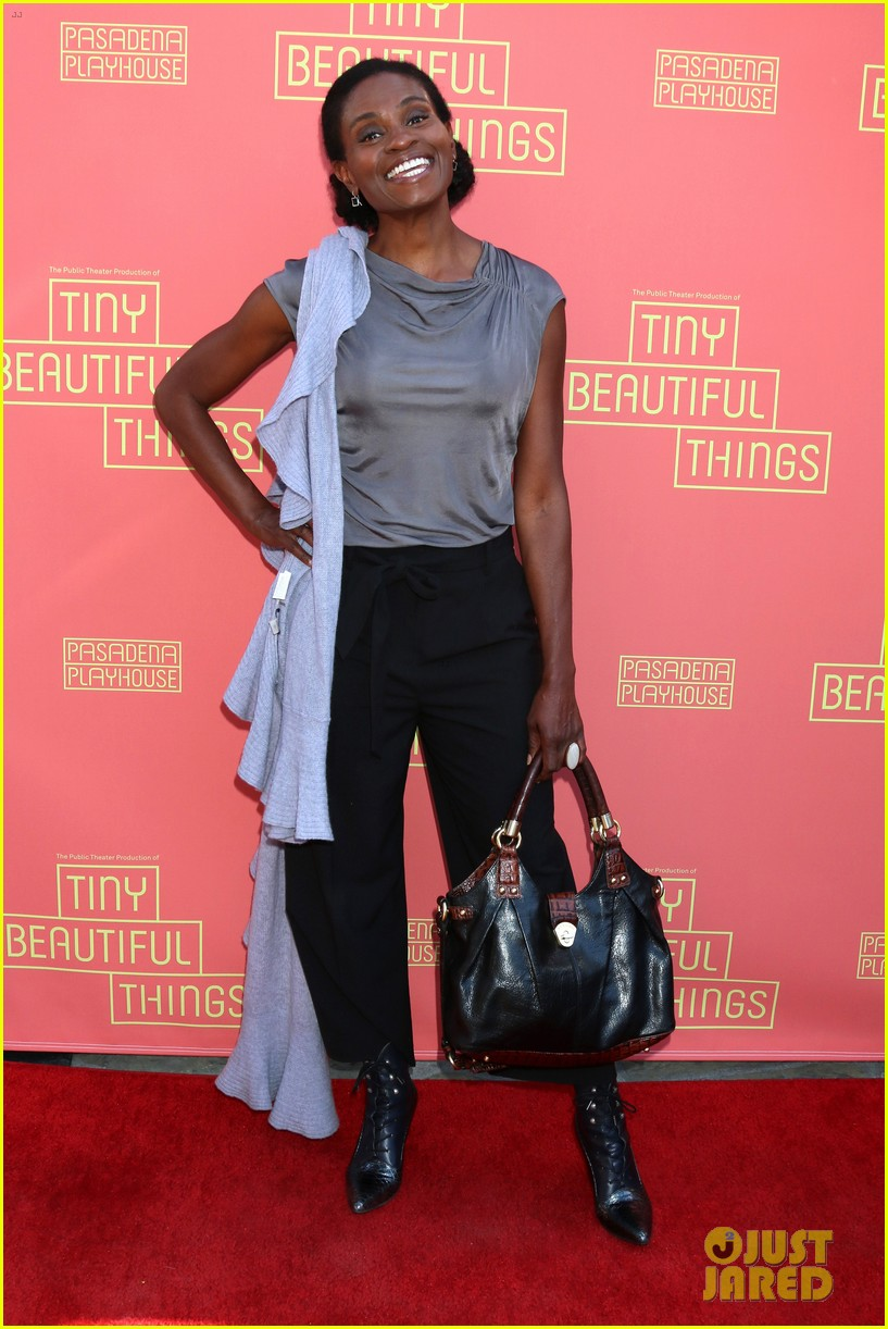 busy philipps nicole richie more support nia vardalos at tiny beautiful things opening night 454273341
