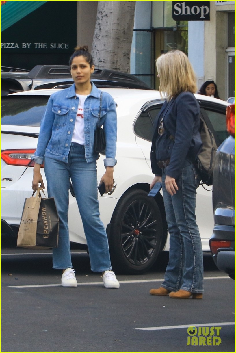 freida pinto goes fresh faced for afternoon outing 03