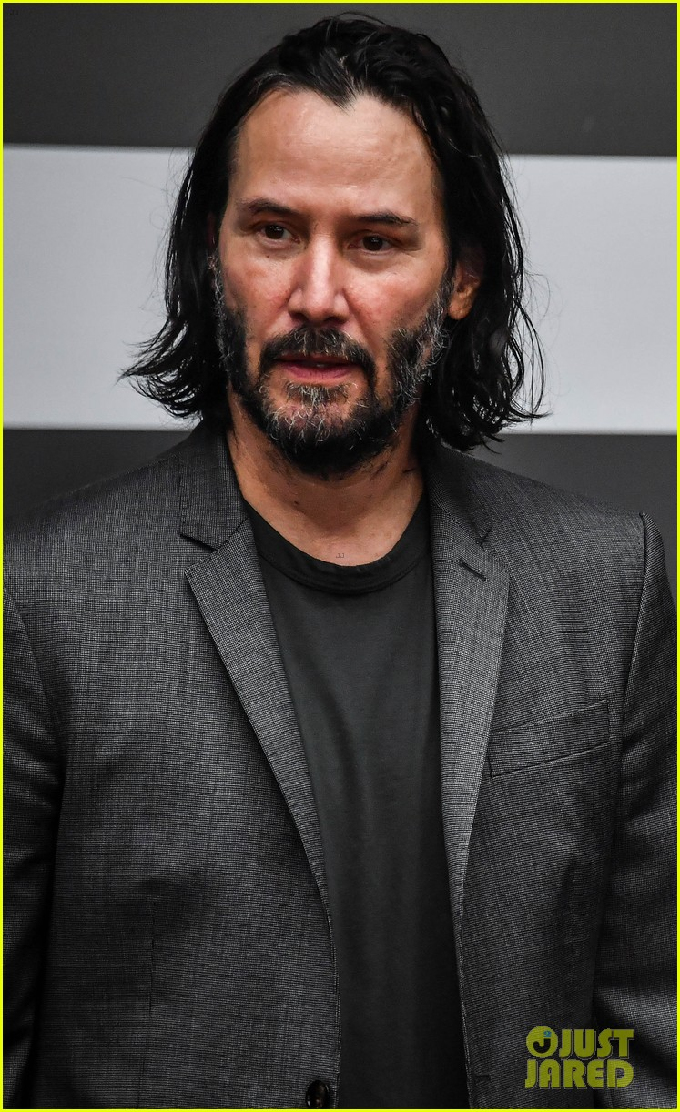 keanu reeves meets with the governor of brazil 02