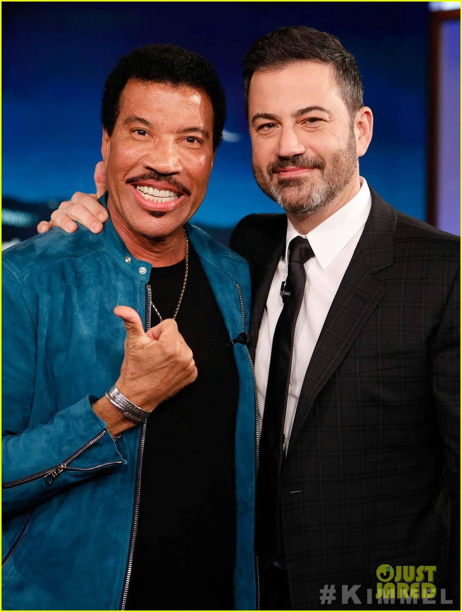 lionel richie says stevie wonder pranked him by driving a car 04