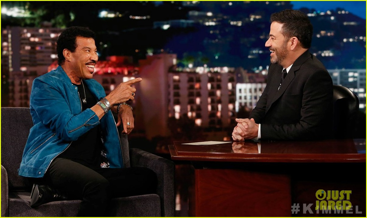lionel richie says stevie wonder pranked him by driving a car 07