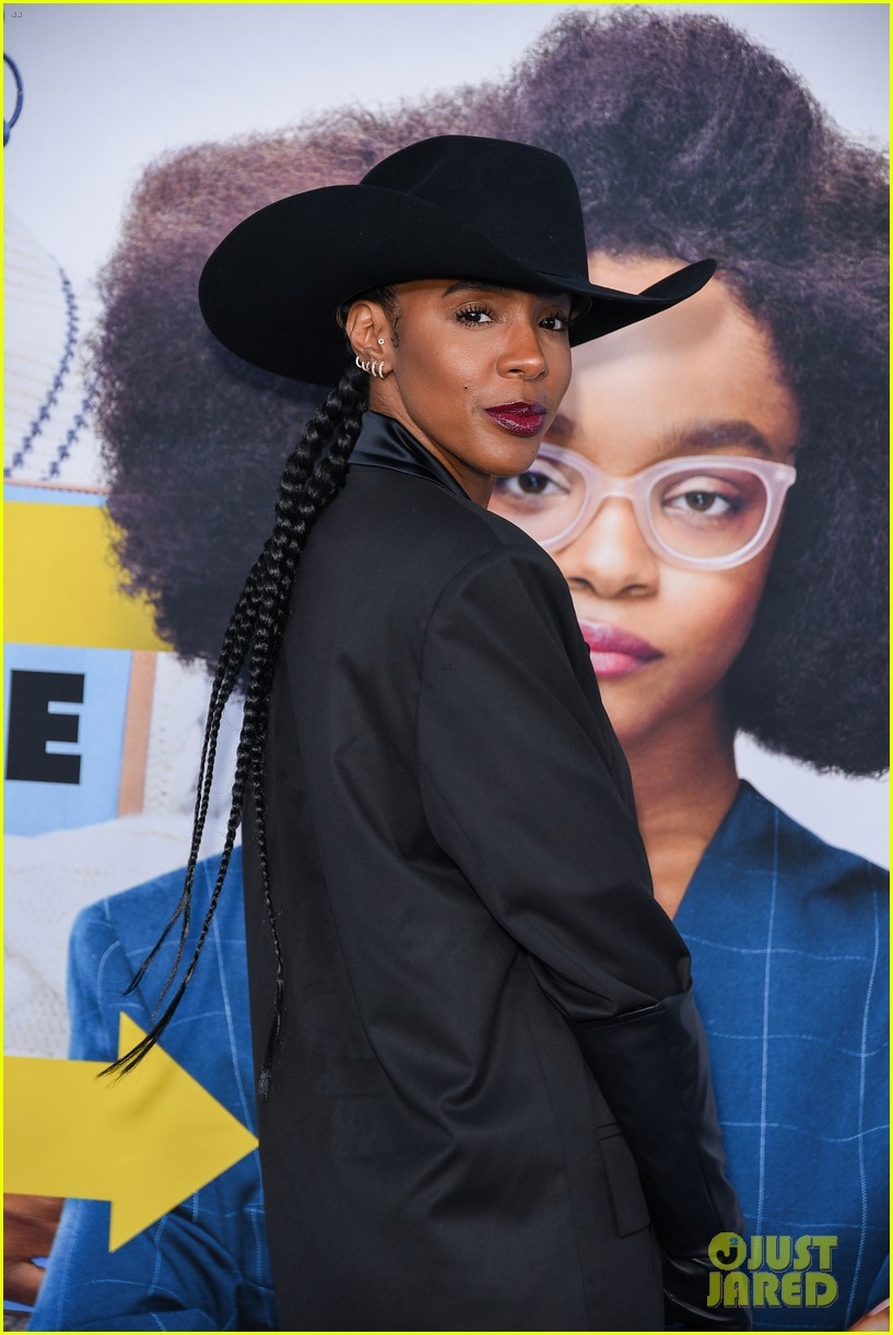 kelly rowland janelle monae support little cast at l a premiere 01