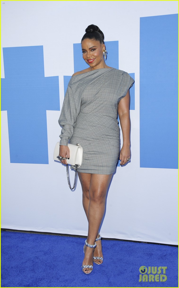 kelly rowland janelle monae support little cast at l a premiere 02