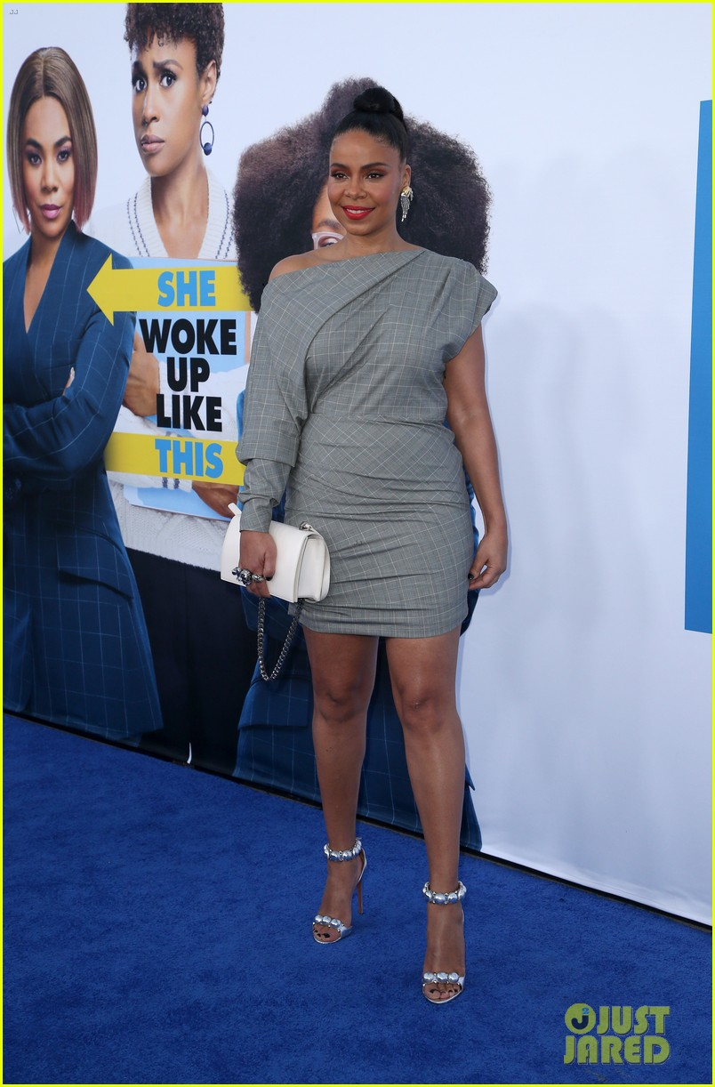 kelly rowland janelle monae support little cast at l a premiere 10