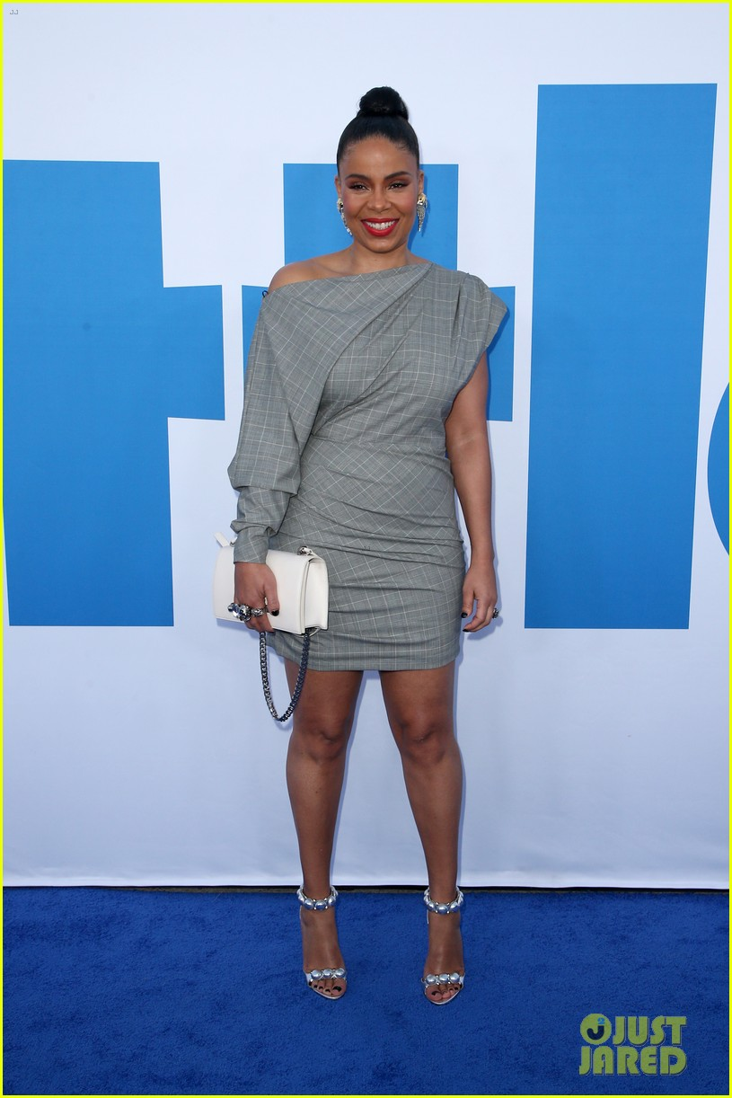 kelly rowland janelle monae support little cast at l a premiere 11
