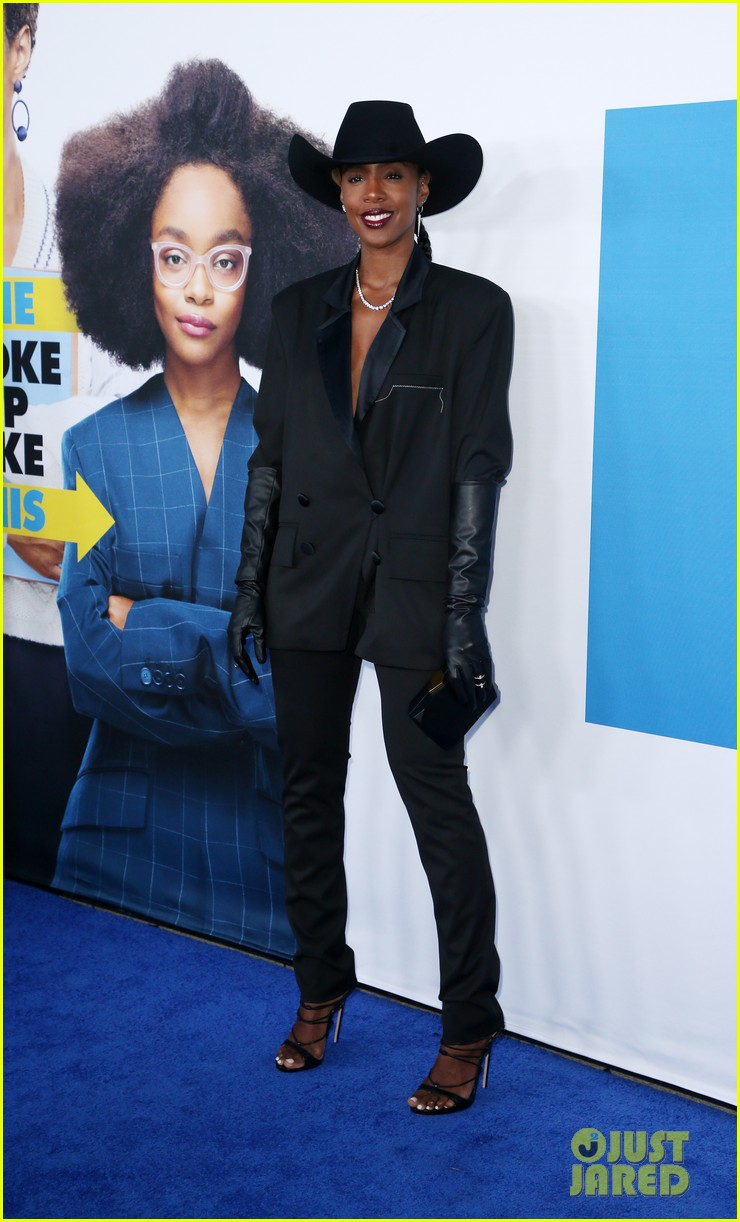 kelly rowland janelle monae support little cast at l a premiere 15