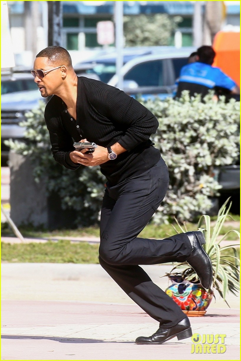 will smith shoots a bad boys action scene martin lawrence 06