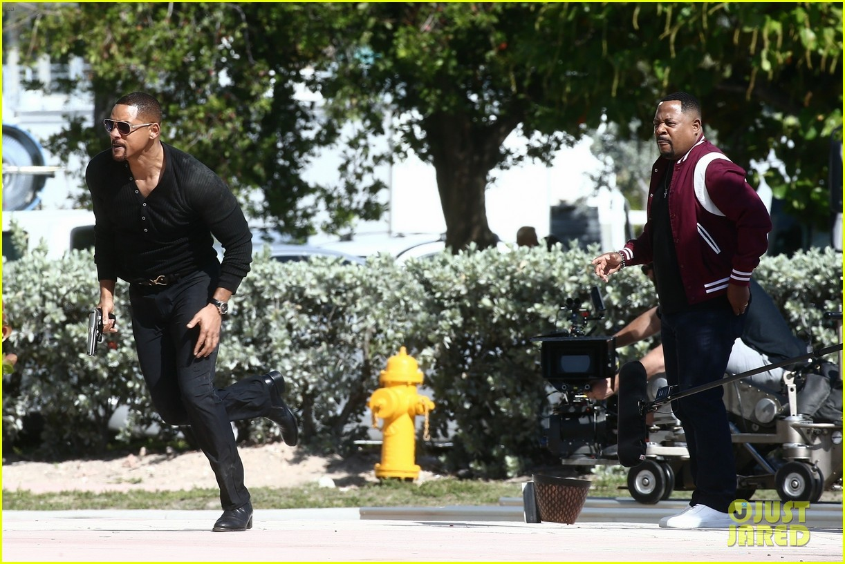 will smith shoots a bad boys action scene martin lawrence 15
