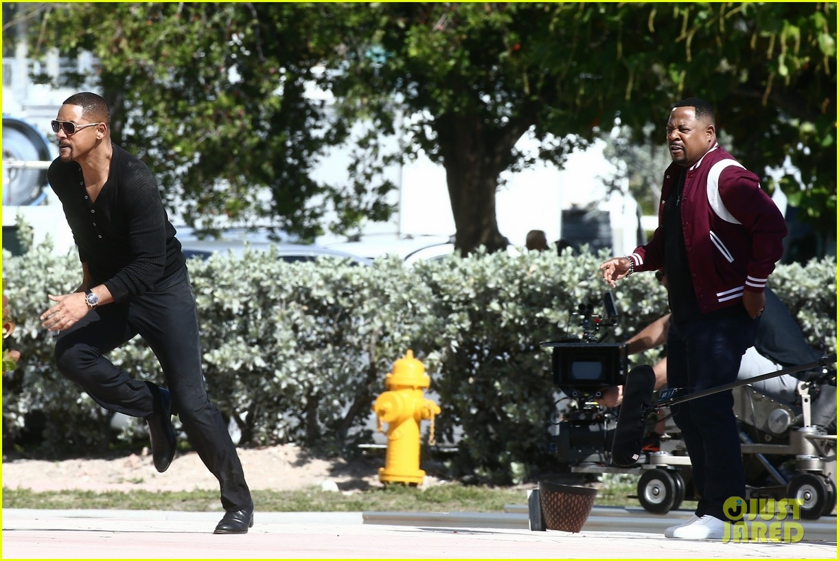 will smith shoots a bad boys action scene martin lawrence 18