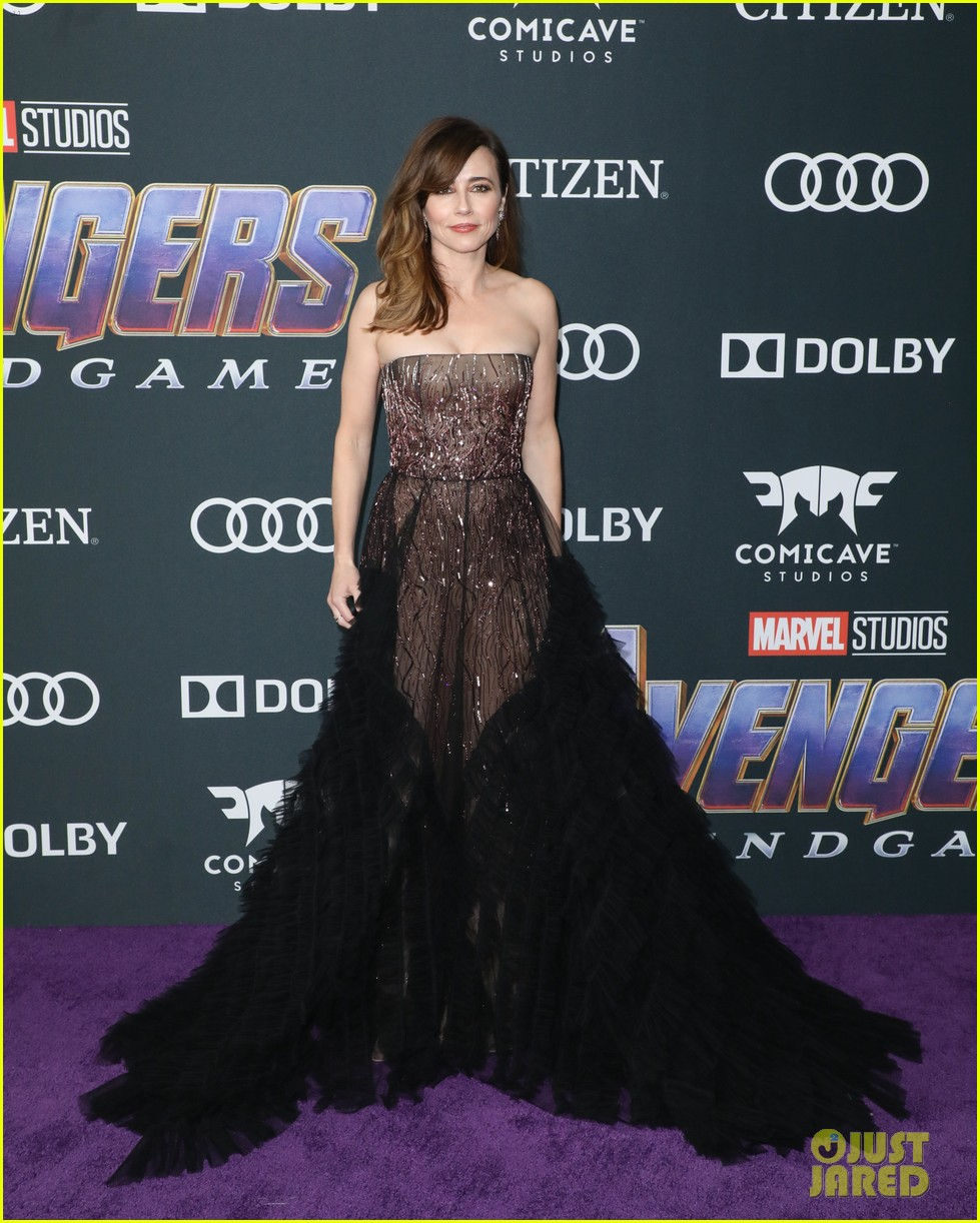 cobie smulders linda cardellini more step out for avengers endgame premiere 11