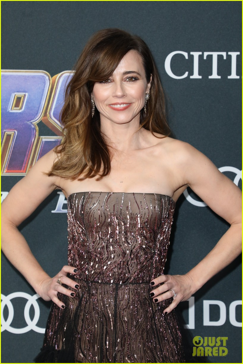 cobie smulders linda cardellini more step out for avengers endgame premiere 13