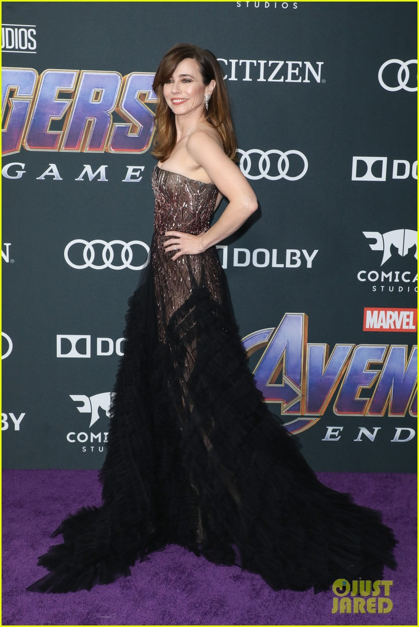 cobie smulders linda cardellini more step out for avengers endgame premiere 15