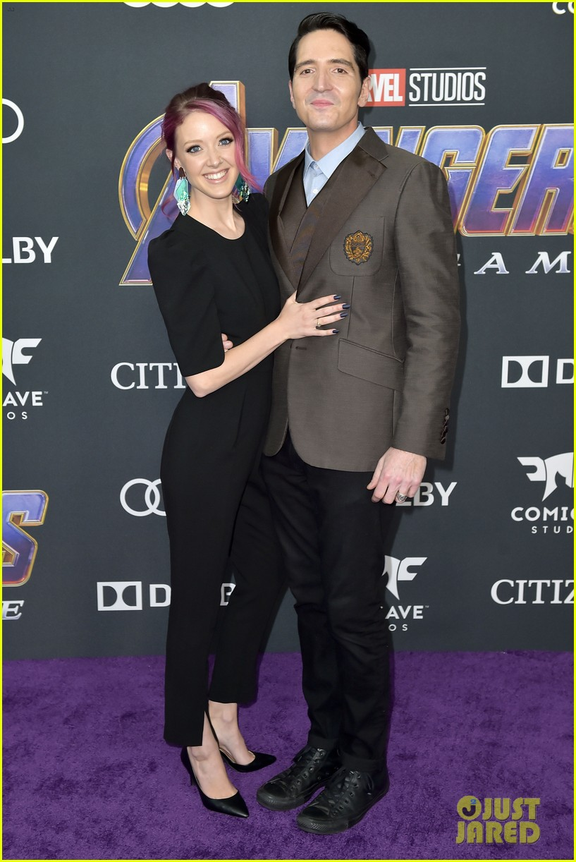 cobie smulders linda cardellini more step out for avengers endgame premiere 24