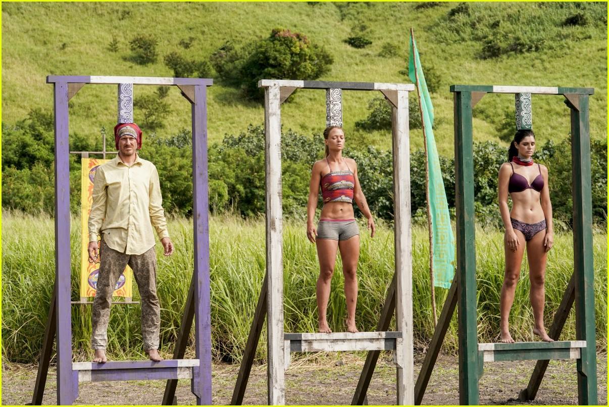 survivor contestant faints challenge 024267152
