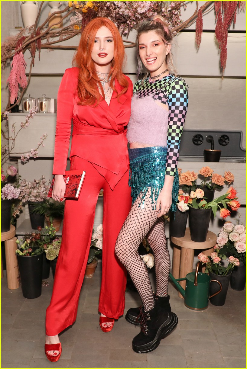 bella thorne and nina agdal team up for moxy chelseas grand opening 24