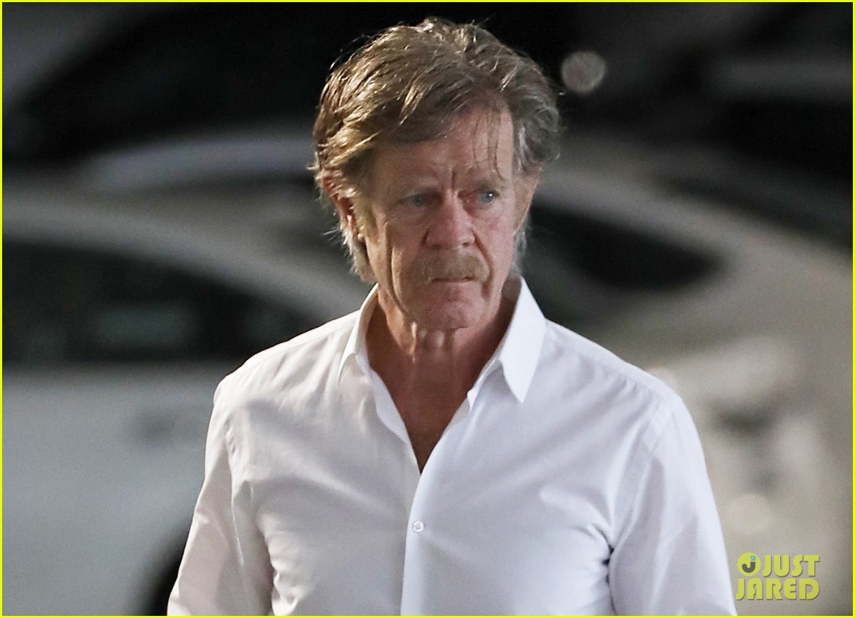 william h macy steps out after felicity huffman pleads guilty 03