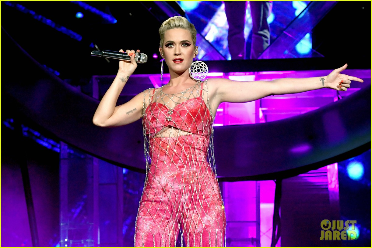 katy perry slays the stage with zedd coachella 10