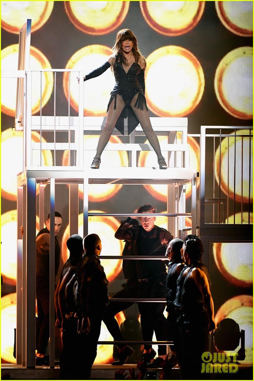 paula abdul billboard music awards performance 084281256