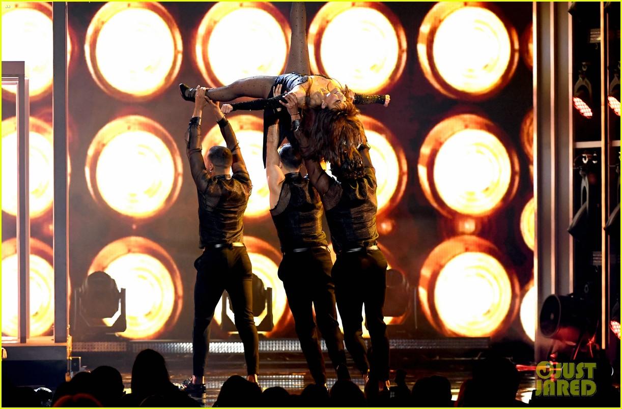 paula abdul billboard music awards performance 364281284