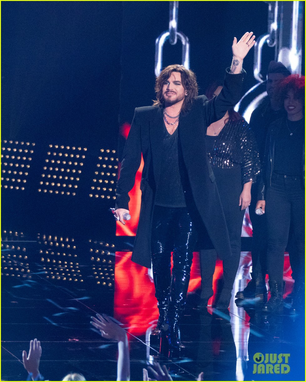 adam lambert performs new song new eyes on american idol finale 014294117