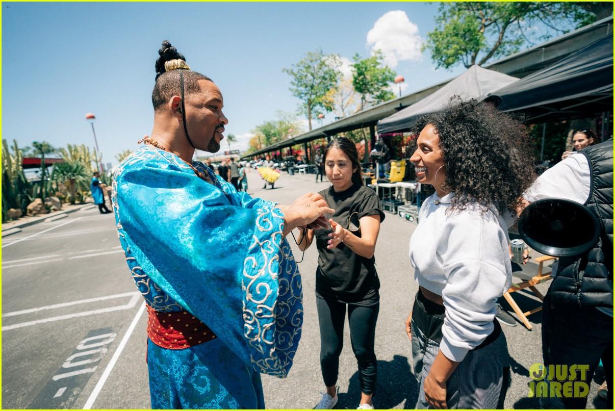 aladdin cast crosswalk musical video 17