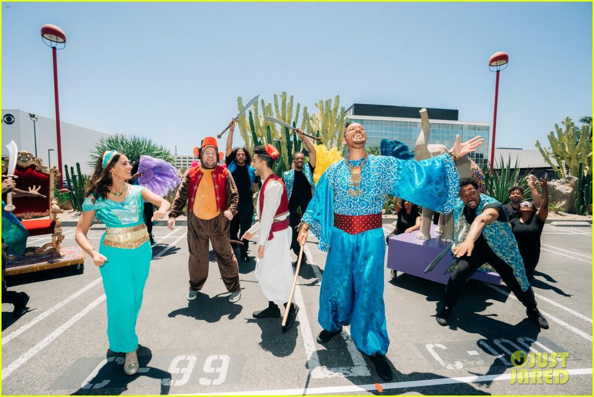 aladdin cast crosswalk musical video 19