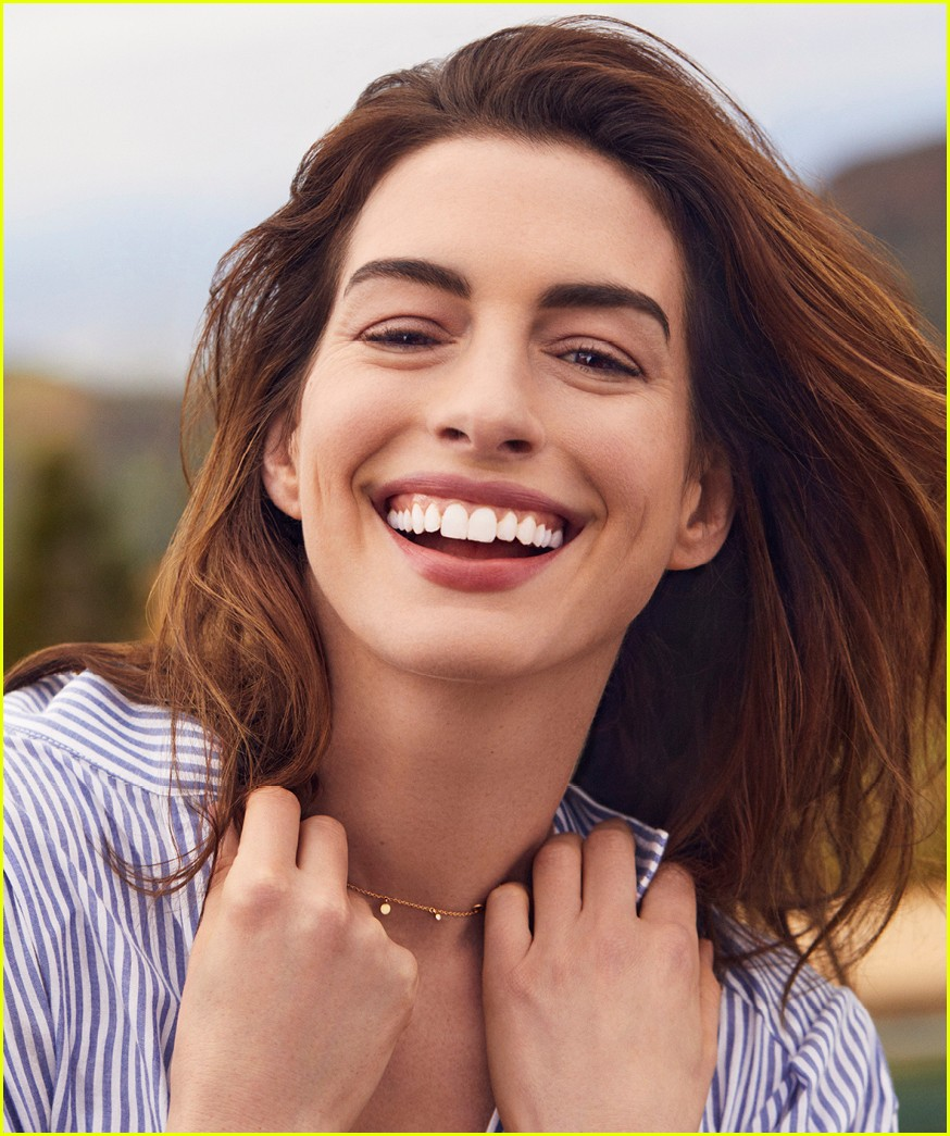 Anne Hathaway Opens Up About Knowing Her Value: Photo