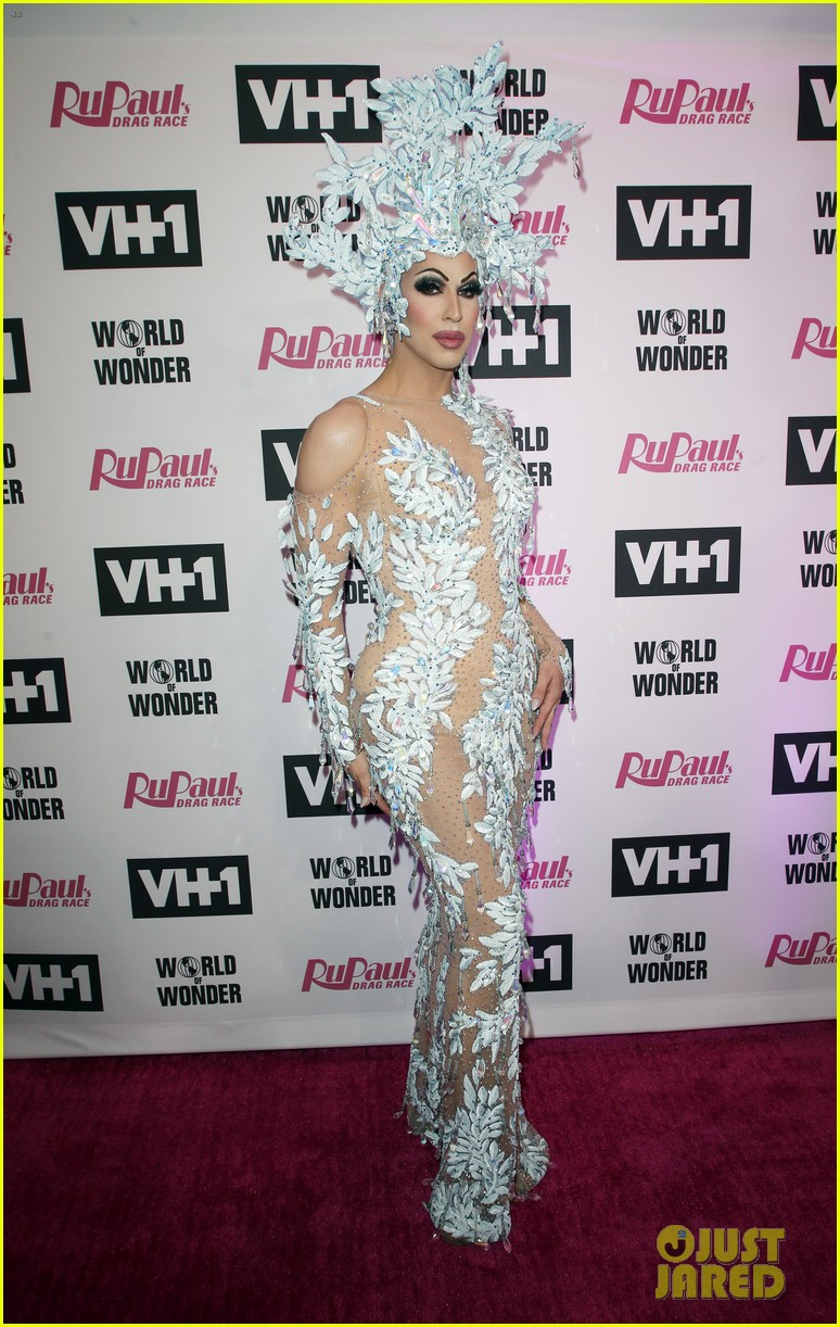 aquaria monet x change hit carpet at rupauls drag race season 11 finale taping 044291183