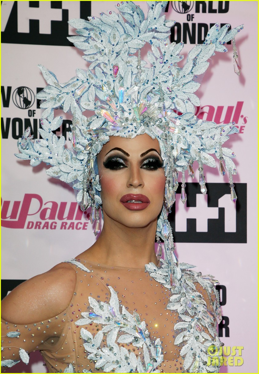 aquaria monet x change hit carpet at rupauls drag race season 11 finale taping 11