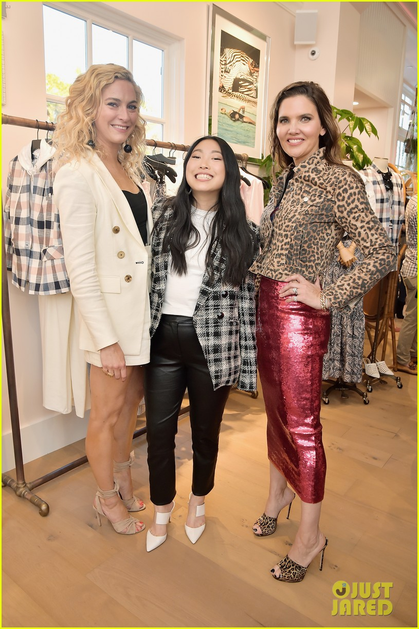 awkwafina and cobie smulders step out in style for veronica beard store opening 16