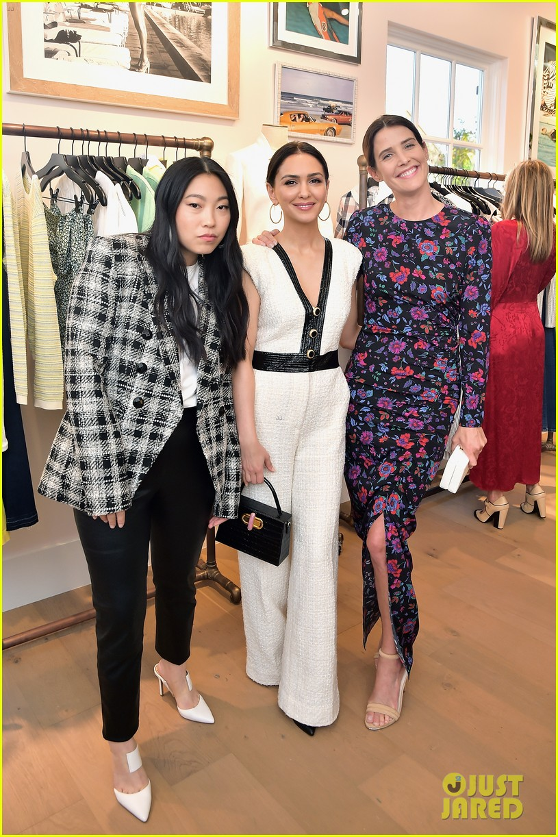 awkwafina and cobie smulders step out in style for veronica beard store opening 17