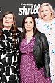 elizabeth banks aidy bryant celebrate shrill season 2 renewal 09