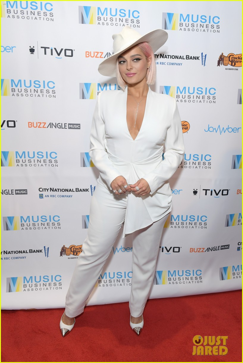 bebe rexha says we need more women executives in the music business 044287886