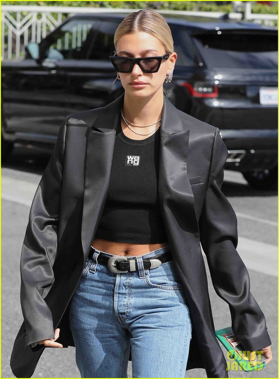 hailey bieber keeps it chic in oversized blazer for lunch in la 03