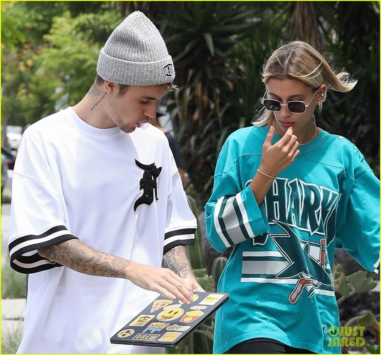 justin bieber and wife hailey enjoy weekend breakfast date 02
