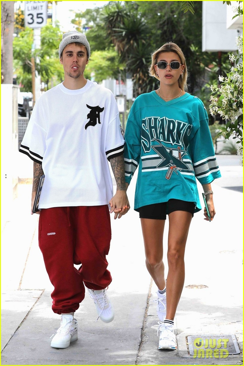 justin bieber and wife hailey enjoy weekend breakfast date 03