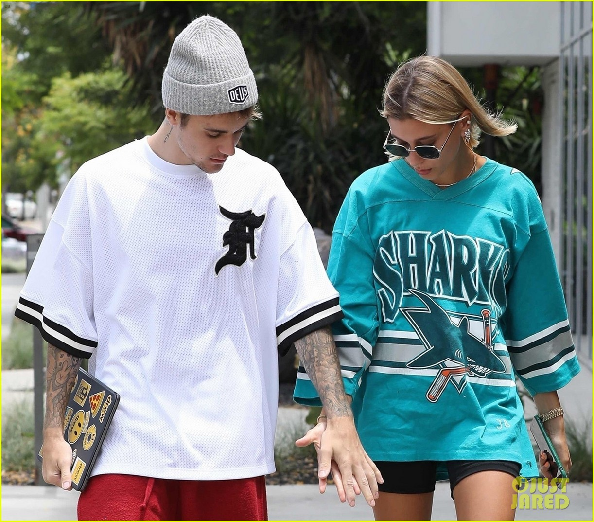 justin bieber and wife hailey enjoy weekend breakfast date 04