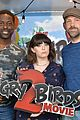 sterling k brown rachel bloom jason sudeikis step out angry birds 2 photo call 15